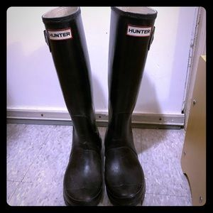 Women's Hunter Boots, Black Tall Size 6/7 US